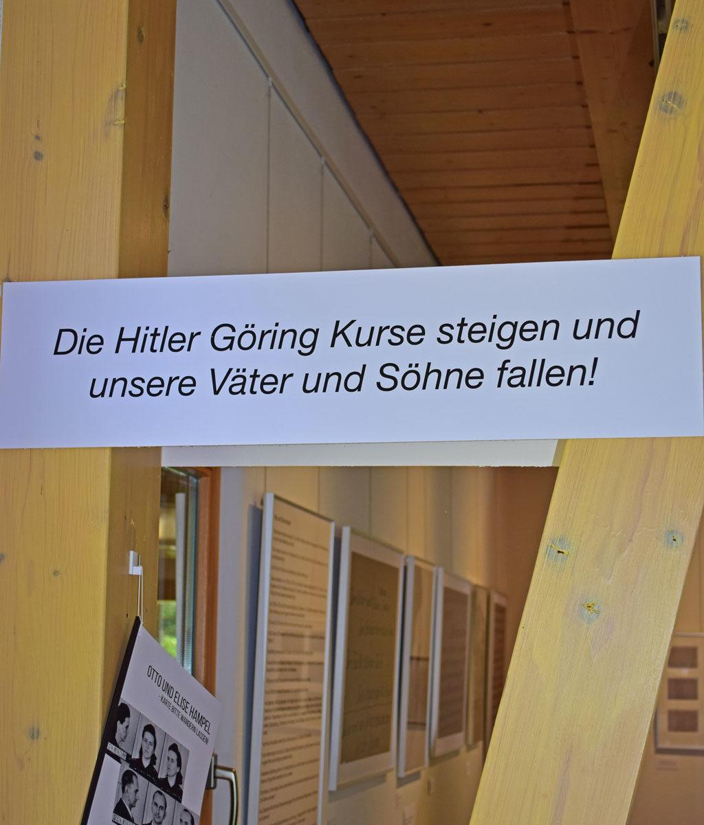 Ausstellung im Scheunensaal (Foto Christian Winterstein 2017)