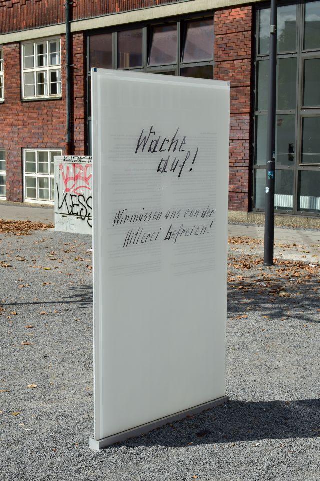 Gedenkstele für Otto und Elise Hampel (Foto Christian Winterstein 2019)